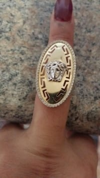 oval gold-colored Versace ring Toronto, M4H 1J4