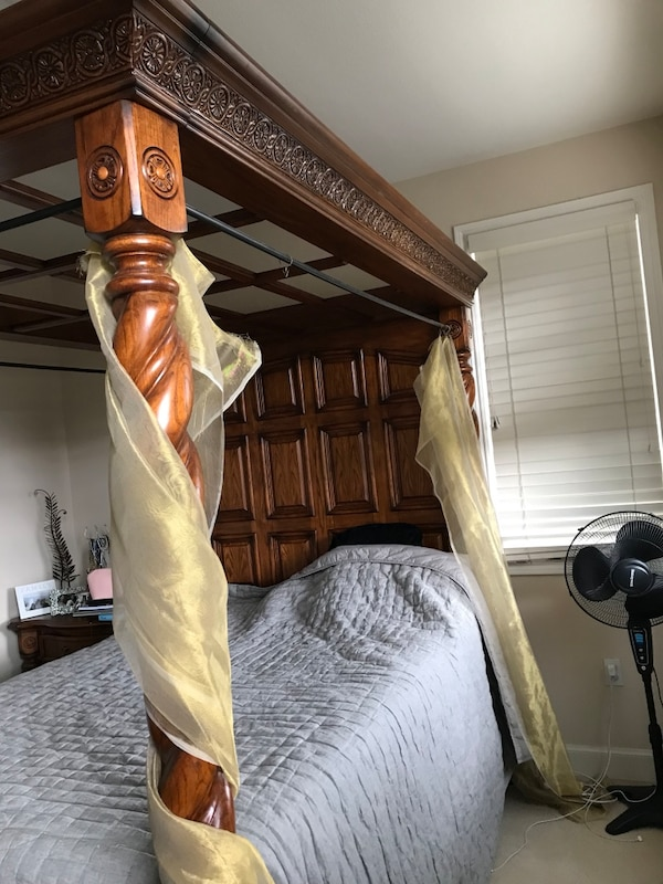 Used Queen Headboard Footboard 4 Poster Canopy High End Carved Wood Designer Bed By Michael Amini Aico For In Pleasanton Letgo