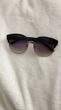 black framed clubmaster sunglasses