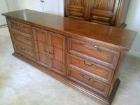 Solid dresser with mirror Oxon Hill, 20745