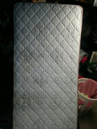 quilted white and gray floral mattress Fulton, 13069