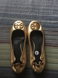 pair of brown Tory Burch leather flats Alexandria, 22312