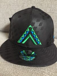Fitted Hawaii Anuenue Hat BNWT Kapolei, 96707
