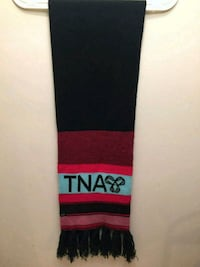 Aritzia Red, black, and teal scarf winter tna Vaughan, L4K