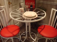 COCA COLA ITEMS $ TABLE AND CHAIR TO MATCH THE ITEMS Hamilton