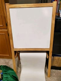 Child easel