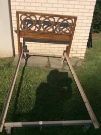 Single metal frame  with solid wood headboard,excellent condition  Toronto, M2R 2A3