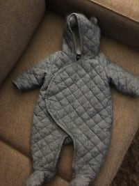Gap snowsuit Toronto, M9A 4W5
