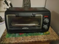 black Black and Decker toaster oven