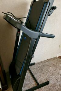never used treadmill. heart rate sensor, incline and programs included Dublin, 43016