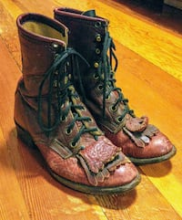 Vintage leather cowgirl boots Vancouver, V5L 1B5