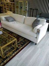 New white sofa Martinsburg, 25401