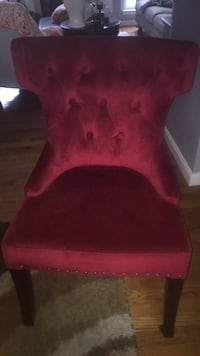 Two tufted accent chairs (the price is for each chair) Sykesville, 21784