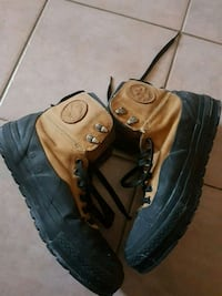 US Size 11- Mens Converse boots
