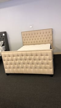 Scott Living Upholstered Queen Bed - *BRAND NEW*