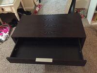 Sturdy coffee table with 1 large drawer Huntsville