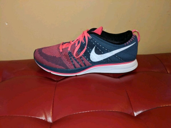 afdf8b48f9f6b Used Nike Flyknit Trainer - Priced to Sell!!! for sale in Toronto - letgo
