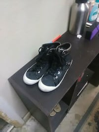 black-and-white coach shoes Perris, 92570