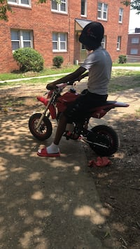 Black An red pittbike gas  50cc  Capitol Heights, 20743