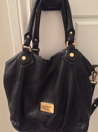 Marc Jacobs Totes and LV for SALE Oshawa, L1J