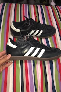 Adidas Samba shoes size 9 in a half  Bolton, L7E 1S5