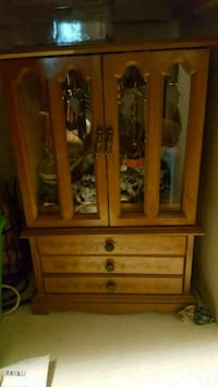 brown wooden cabinet with mirror Port Orchard, 98366