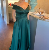 Emerald green gown Fort Myers, 33913