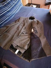 brown and black zip-up jacket Mississauga, L5B 3X6