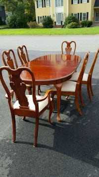 round brown wooden table with four chairs dining set Walpole, 02032
