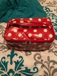 Authentic Kate Spade red with white polka dots makeup case/bag Pitt Meadows, V3Y 1M8