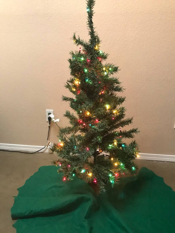 4 Foot Christmas Tree.4 Ft Christmas Tree Set