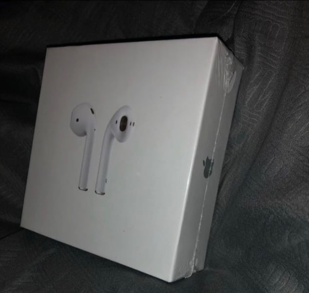 Used Airpods 2nd Generation For Sale In Downey Letgo