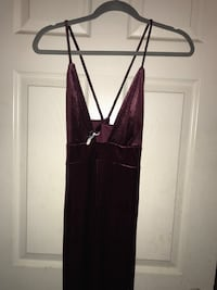 SHIMMER BURGUNDY MINI DRESS Indio, 92201