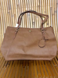 Coach Saddle Signature Peyton Leather Embossed Tote Handbag Central Square, 13036