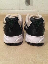 Men's Size 9.5 Nike Air Zoom Sneaker Running Shoes