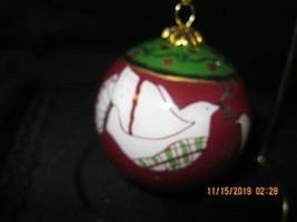 "Pls Read Ad ** Chinese Li Bien ""Inside Painted"" Collectible Dove of Peace GLASS Ornament with STAND"