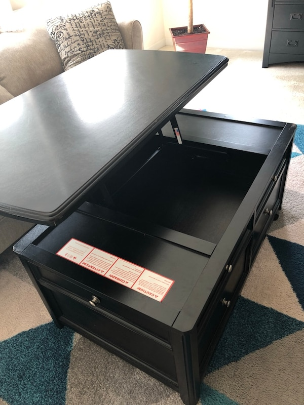 Like new coffee table with storage 1