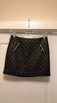 Skirt- express faux leather quilted size 0 Stamford, 06902