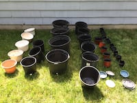 GARDEN NURSERY PLANTERS / CONTAINERS - approximately 35 - plastic Metuchen