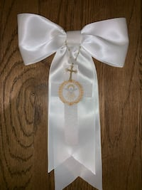 Handmade First holly communion bow. Springfield Township, 07081