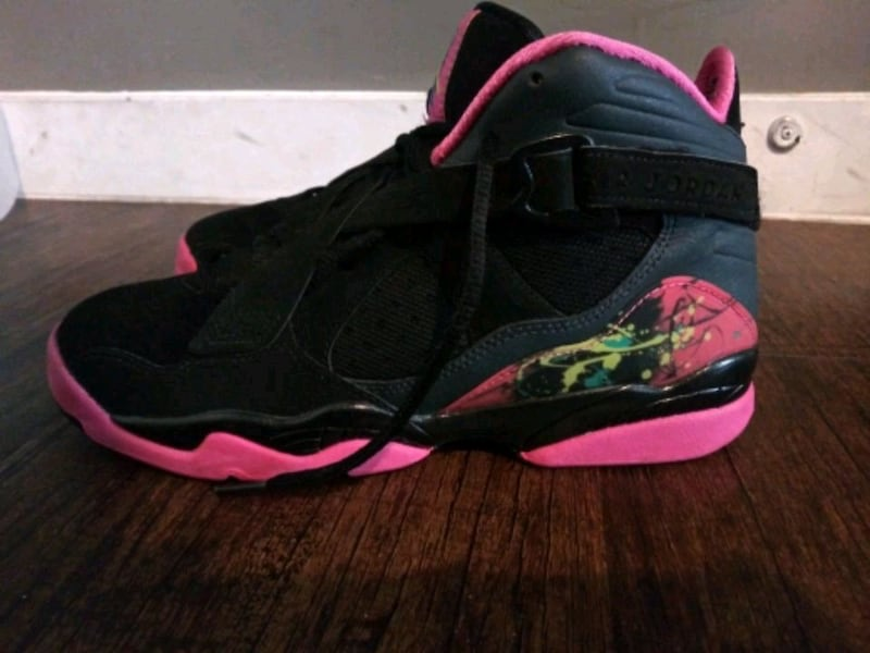REDUCED***GIRL'S SIZE 7 YOUTH JORDAN SHOES!*** 57515ecd-d343-42bc-a4f6-190c3994fba1