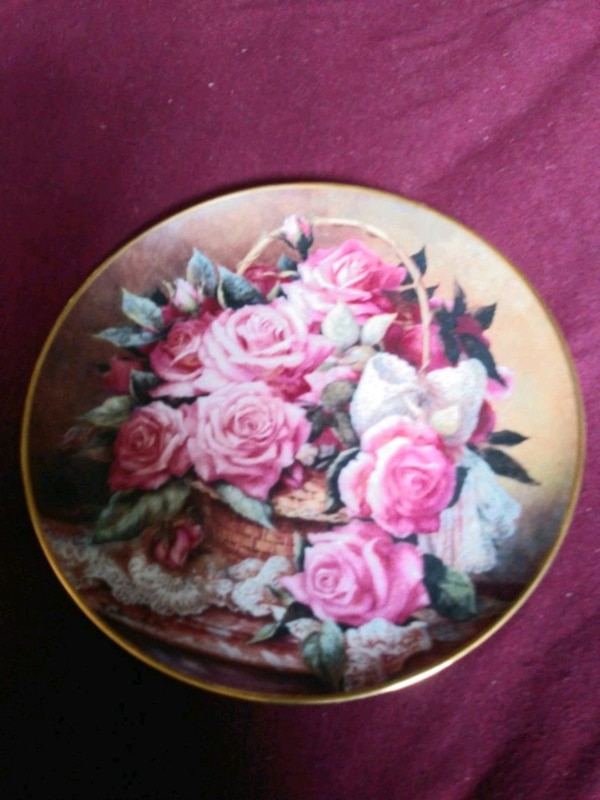 Grace De Monaco Rose Plate Franklin Mint  ea786c21-6775-4b4d-9749-fb97529b4b25