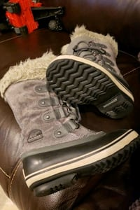 Kids SOREL Snow boots