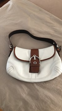 Coach leather hobo Peabody, 01960