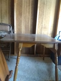 table Knoxville, 37912