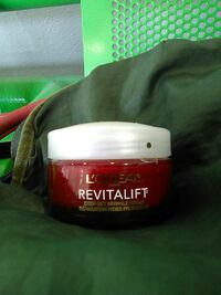 Loreal revitalift deep wrinkle care bran new  Hamilton, L8M