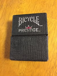 Bicycle playing cards w/ case  Hedgesville, 25427