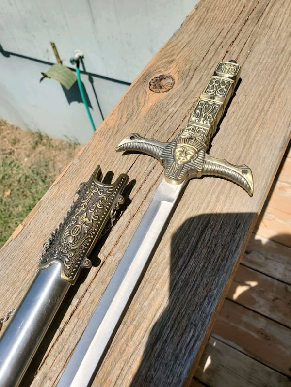 Collectors knives and daggers group #1 6ff11ca0-0495-46a8-8bf2-2cf210b7d245