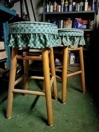 2 VINTAGE BAR STOOLS  Cresaptown, 21502