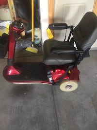 Scooter in good condition just needs batteries Clayton, 27527
